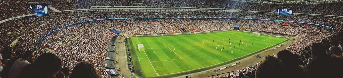 illustration des chaînes sport sur Roku : stade de foot