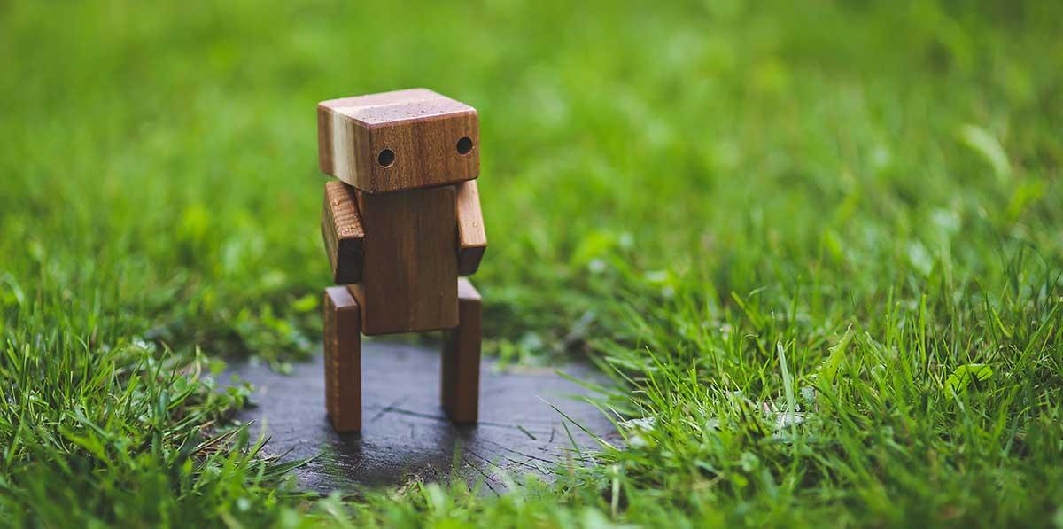 illustration d'un petit robot intelligent dans la nature